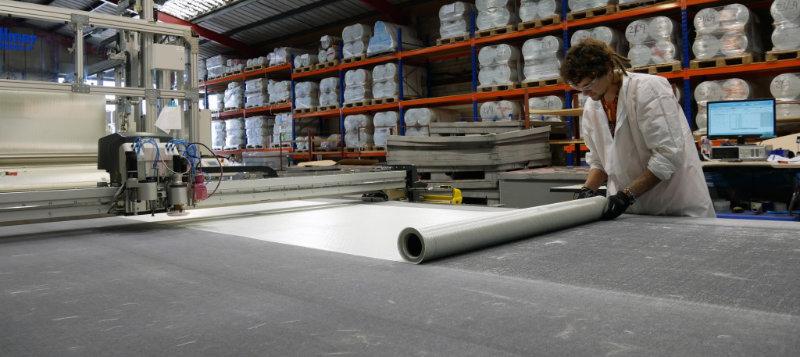 MSA Production image glass fabric cutting